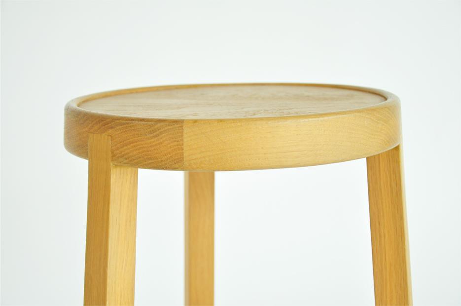Tele stool 4